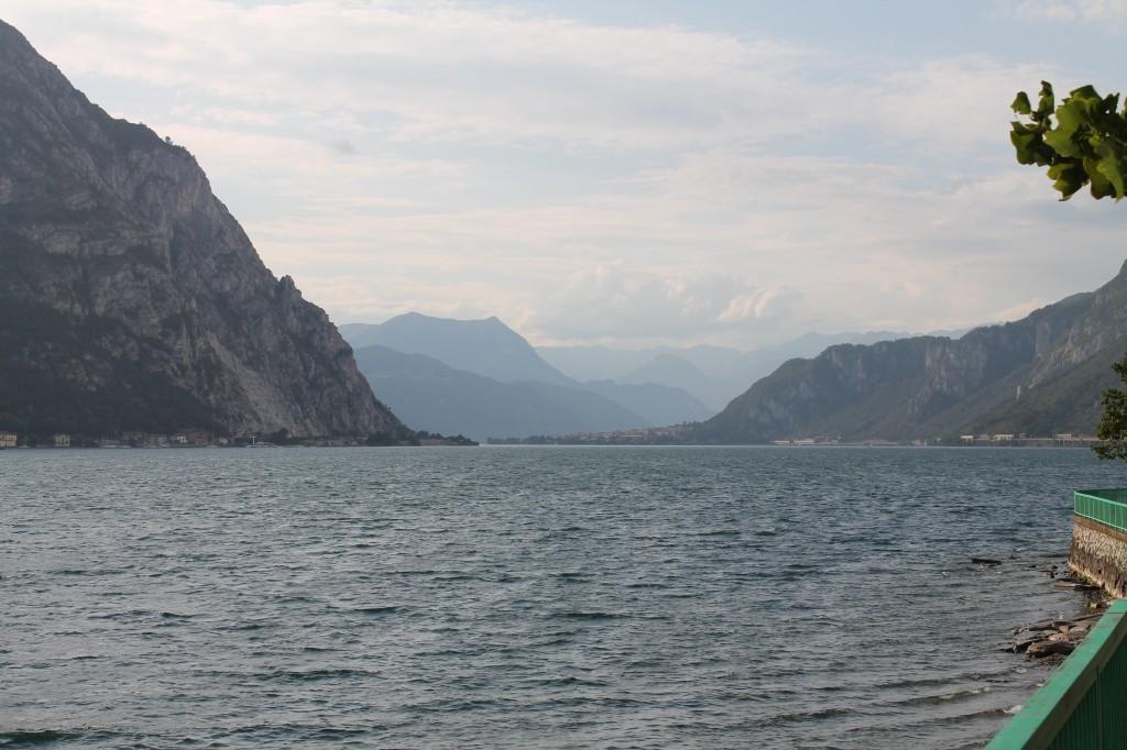 Le Lac de Côme à Lecco : panoramas envoûtants pour terminer la saison cycliste.