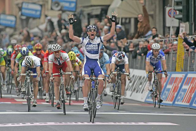 Final sprint Milan San Remo